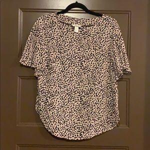 H&M Flutter Sleeve Leopard Print Top